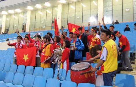 Hong Kong & Vietnamese Fan groups