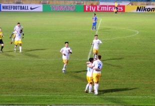 Ngoc Duy celebrates his, and Hanoi T&T's second goal