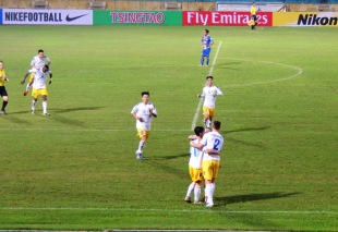 Ngoc Duy celebrates his, and Hanoi T&T's second goal