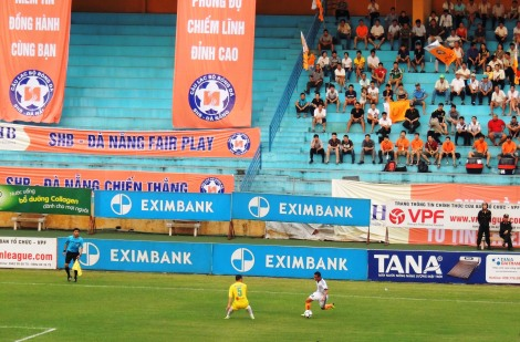 Da Nang fans = more drums