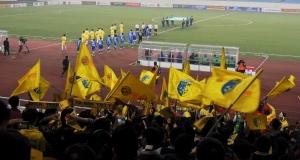 Hà Nội T&T & Persib enter the My Dinh National stadium