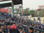 Fans packed in to the Thanh Hoa stadium