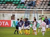 Quang Hải & Thành Lương both pick up yellow cards