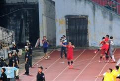 Lê Xuân Hùng celebrates his winning goal