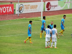 Zarour shows his displeasure at Thanh Luong winning a penalty for T&T