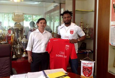 Oseni moved to Long An (source: FB: Vietnam Football Agency
