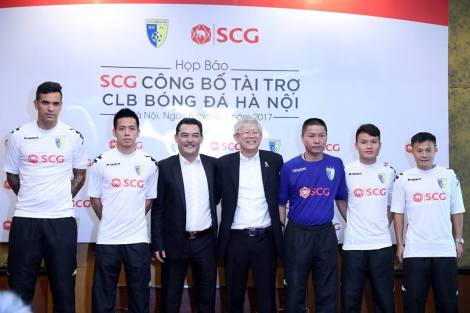 Hanoi FC and new sponsors SCG
