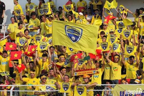 Thanh Hoa fan's at Binh Duong. (Bongda.net)