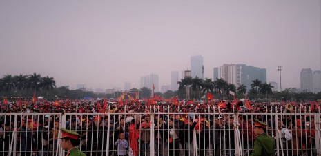 1000s gathered at the My Dinh pre-match